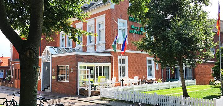 """Herzlich Willkommen im Hotel """"Haus am Park"""" auf Borkum"""
